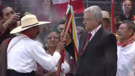AMLO será el primer presidente en recibir el Bastón de Mando indígena