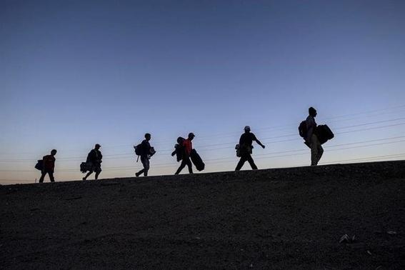 migrante salvadorena consigue trabajo en playas de tijuana 1