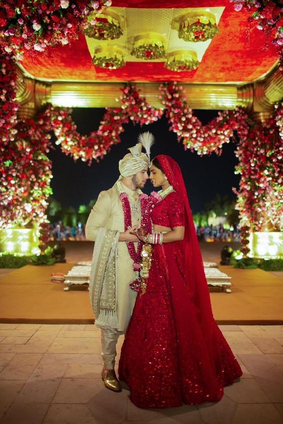 nick jonas comparte fotos de su boda con priyanka chopra 2