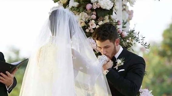 nick jonas comparte fotos de su boda con priyanka chopra 7