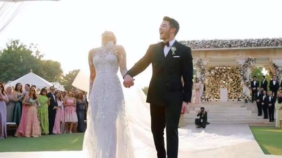 nick jonas comparte fotos de su boda con priyanka chopra 9