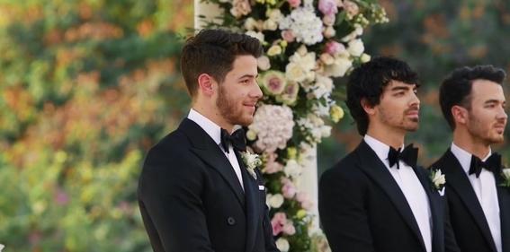 nick jonas comparte fotos de su boda con priyanka chopra 10