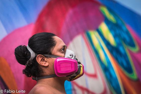 farid rueda hace un mural por juegos de la nba en mexico 1