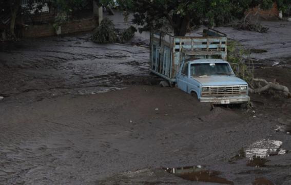 amlo visita damnificados por huracan willa en nayarit 1