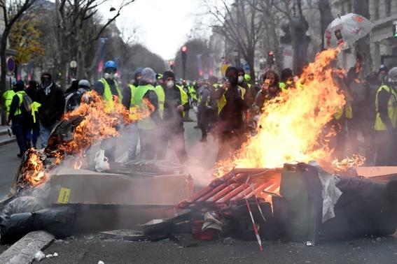 jornada de protestas de chalecos amarillos en francia 3