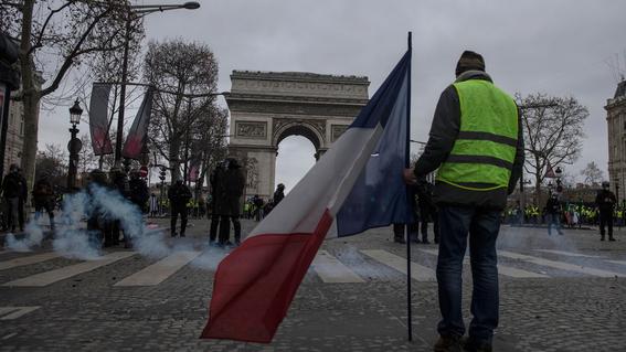 jornada de protestas de chalecos amarillos en francia 4