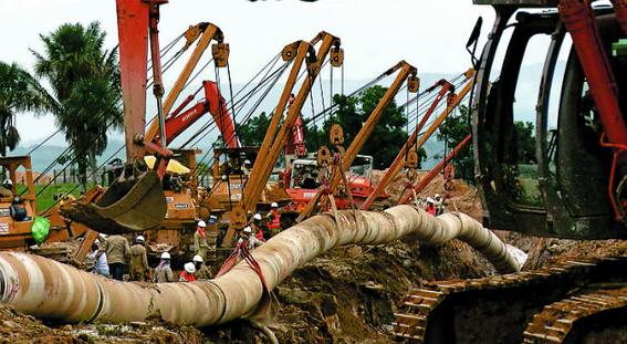 indigenas impiden reparar el oleoducto que danaron 2