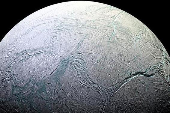 titan nasa muestra como es luna de saturno 1