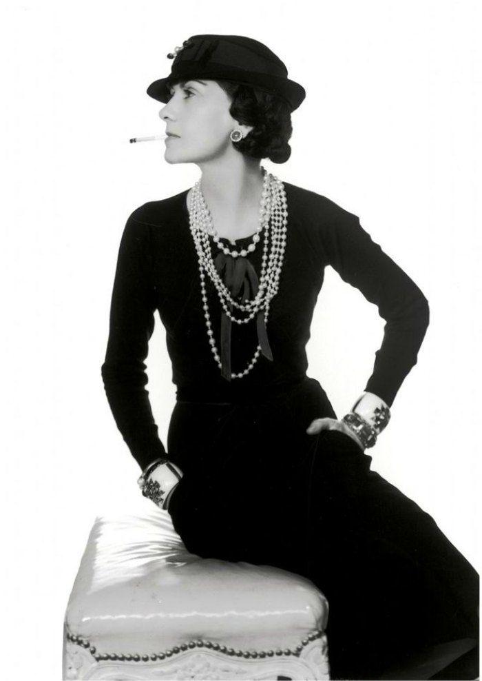 De Chanel a Lily-Rose Depp: Así ha evolucionado el Little Black Dress 1