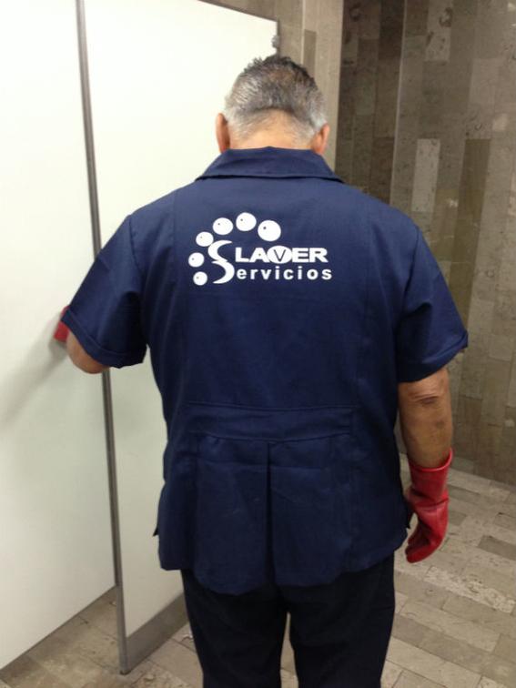 diputados castigan personal de limpieza 1
