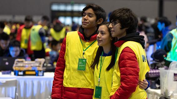 preparatorianos mexicanos triunfan en mundial de robotica en china 1