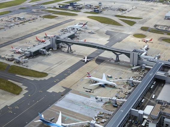 aeropuerto de gatwick 1