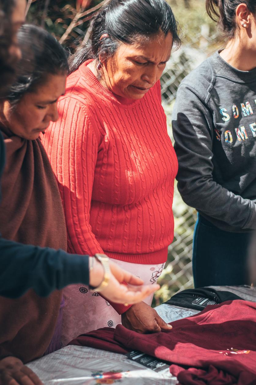 Respeto y trato justo para los artesanos indígenas en la moda: Someone Somewhere 3