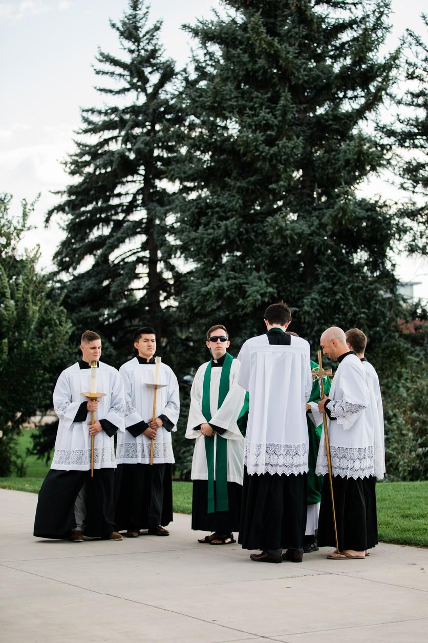 Esto es lo que debe estudiar un hombre que quiere ser sacerdote 3