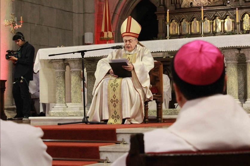 Así es como un sacerdote católico se convierte en obispo 2
