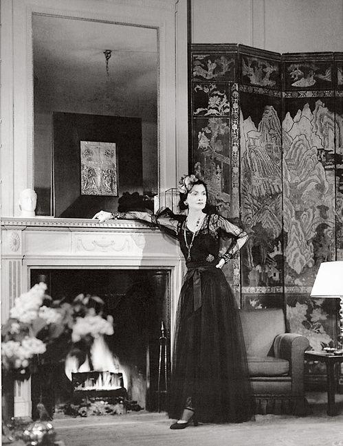 Fotografías de Coco Chanel que demuestran su estilo durante toda su vida 5