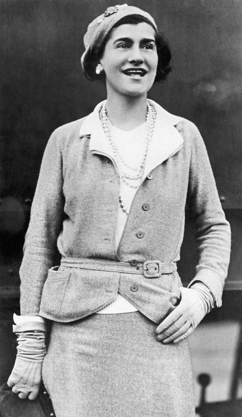 Fotografías de Coco Chanel que demuestran su estilo durante toda su vida 15