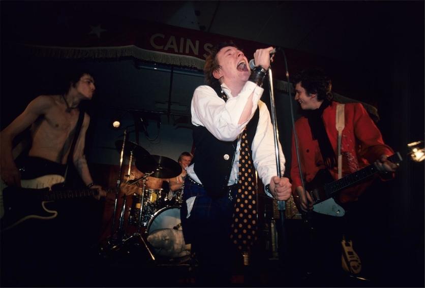 La historia detrás del disco más importante en la historia del punk 6