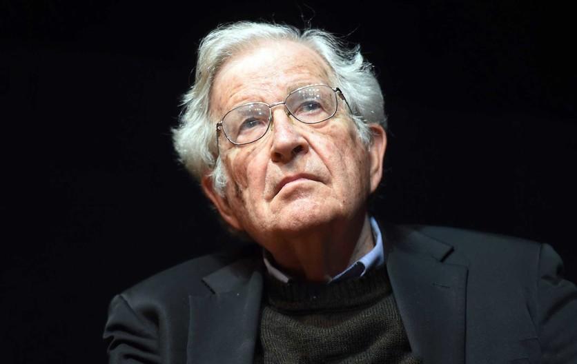Frases de Noam Chomsky para repensar lo que te rodea 2