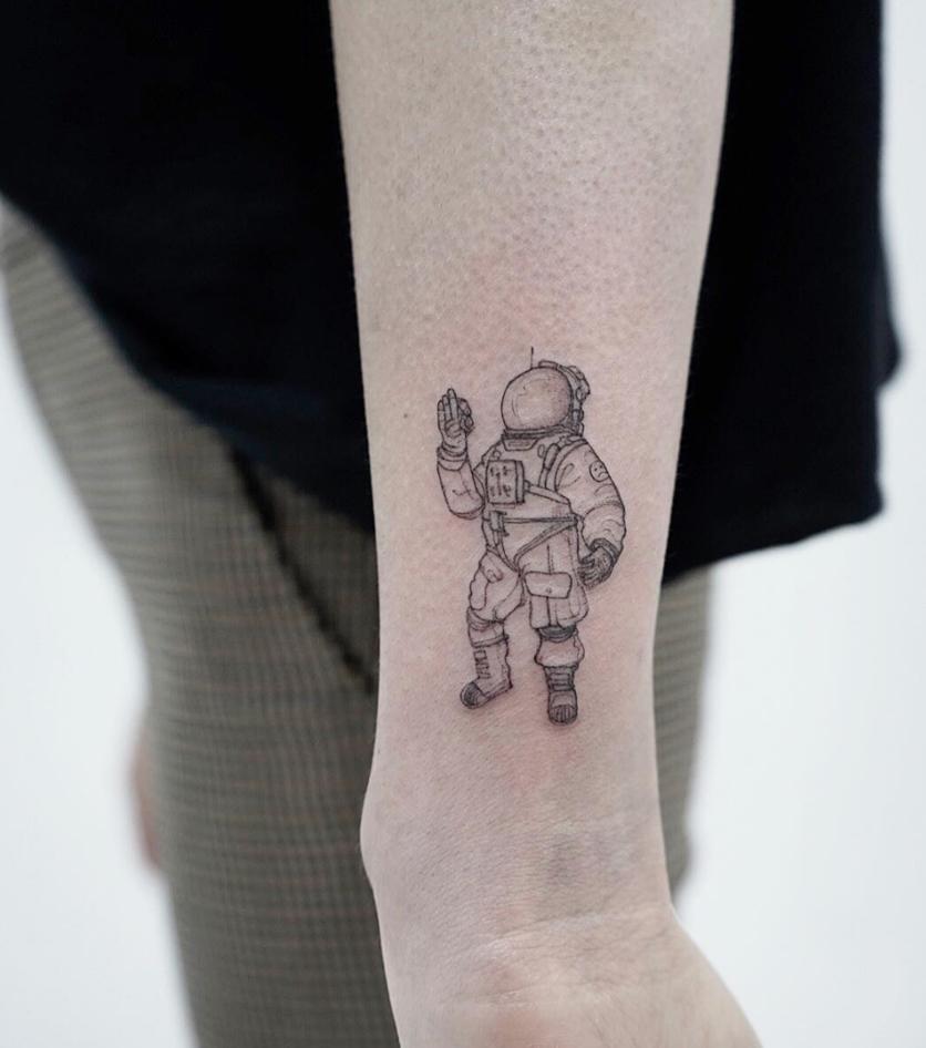 10 Ideas de tatuajes con técnica 'fine line' si buscas un diseño discreto  2