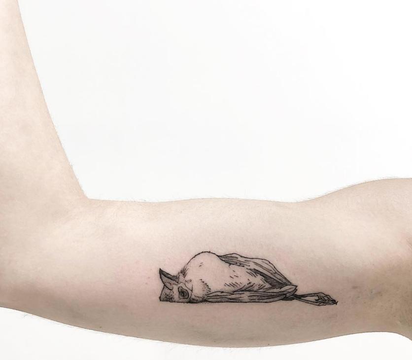 10 Ideas de tatuajes con técnica 'fine line' si buscas un diseño discreto  6