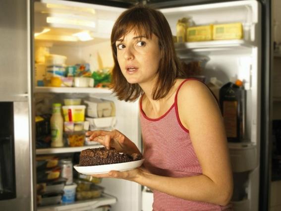 el hambre nocturna se debe al estres principalmente 1
