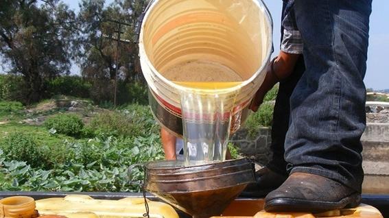 desabasto huachicoleros hacen su agosto vendiendo litros a 30 pesos 3