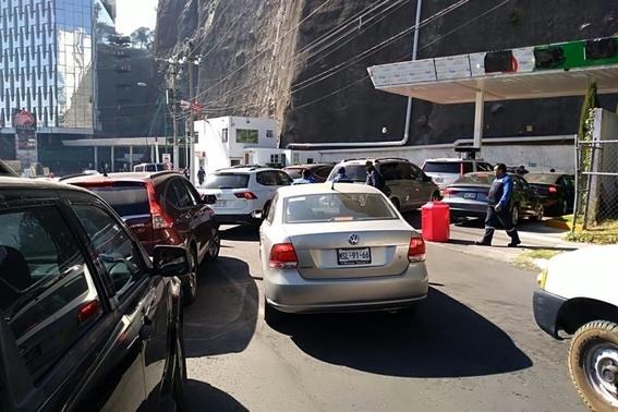 reportan desabasto de gasolina en 10 gasolineras de cdmx 3