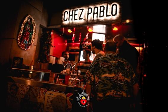 en paris abren una discoteca dedicada a pablo escobar 2