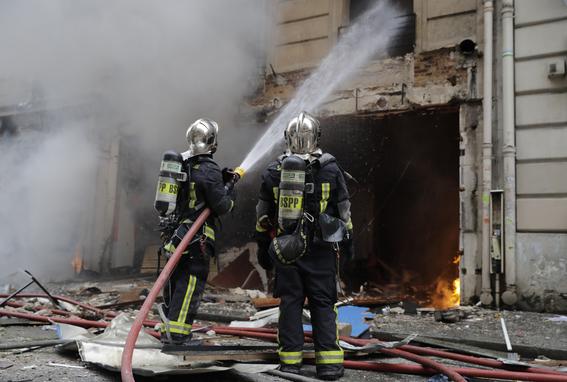 explosion en edificio en paris 2