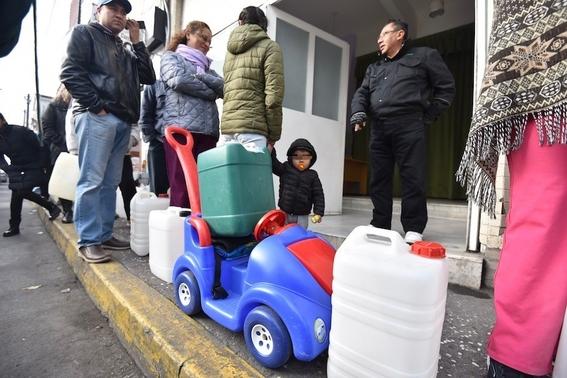 almacenar gasolina en recipientes es peligroso 3