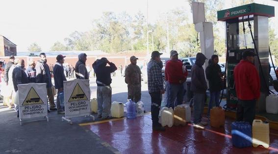 almacenar gasolina en recipientes es peligroso 4