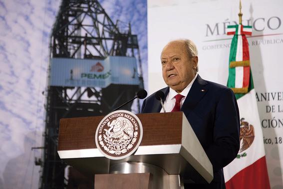 pese a crisis de pemex sindicato petrolero se hace mas rico 2