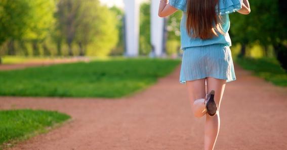 851242b92 Tomar fotos bajo las faldas ya es un delito en Reino Unido - mundo