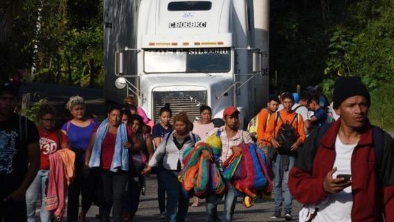 caravana de migrantes salvadorenos parte rumbo a eua 2