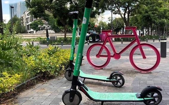 por falta de planeacion las bicicletas se convirtieron en enemigo del peaton 2