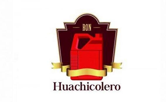 hombre quiere registrar la marca y logotipo huachicolero 1