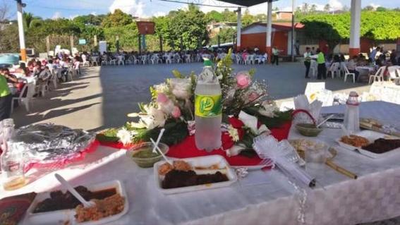 secretario de la cnte festeja su boda en una primaria de oaxaca 1
