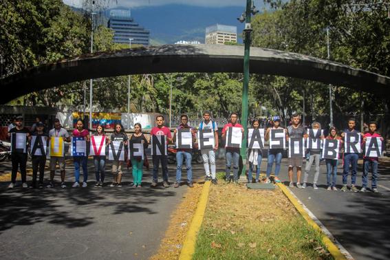 fotografiasdelaprotestacontramaduroenvenezuela 13