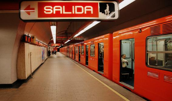frustran secuestro de mujer en linea 7 metro 1