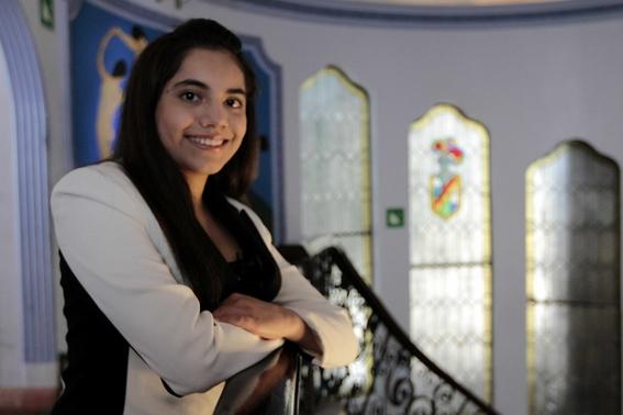conoce a dafne almazan la mexicana que a sus 17 anos estudiara en harvard 1