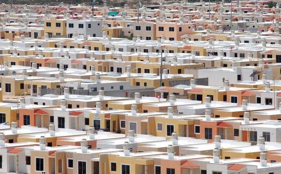 infonavit suspendera subastas de casas por ser imposibles de pagar 1