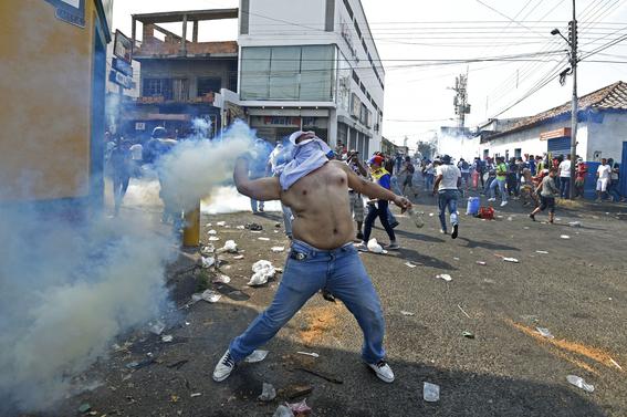 venezuela  colombia  crisis  border 2