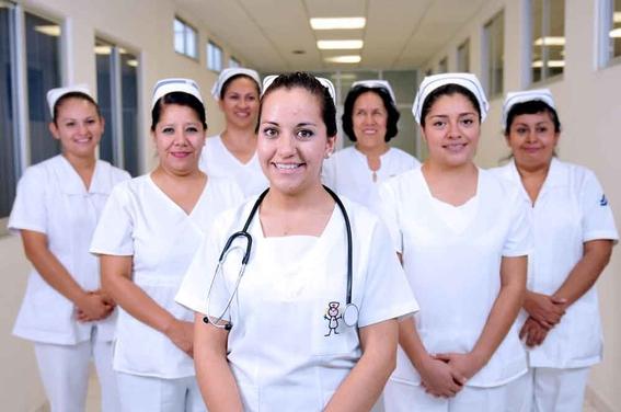 alemania contratara enfermeras mexicanos 38 mil pesos mensuales 1