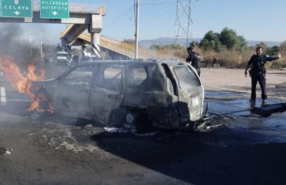 narcobloqueos quemas violencia situacion en guanajuato 2