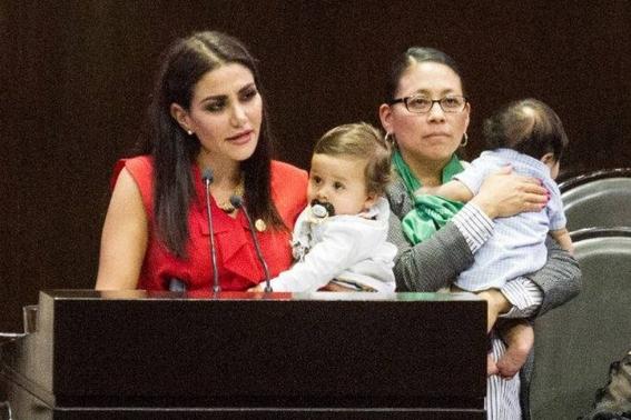 estoy hasta la madre diputada protesta contra la penalizacion del aborto 2