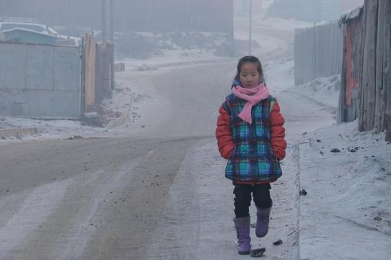 miles de ninos abandonan su pais por culpa del aire contaminado 2