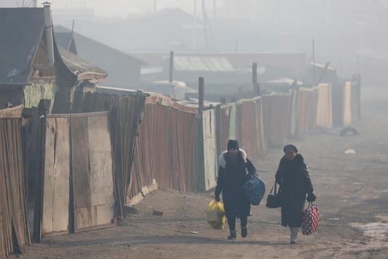 miles de ninos abandonan su pais por culpa del aire contaminado 3