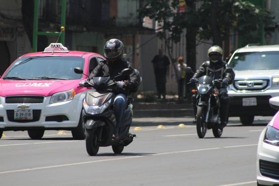 aumentan asaltos a bordo de motos en la cdmx 1