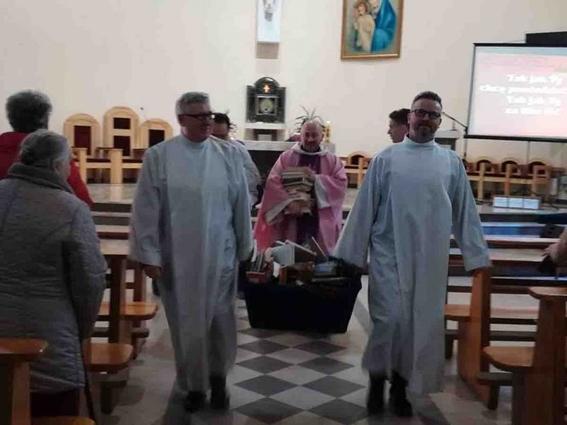 queman sacerdotes libros de harry potter 1